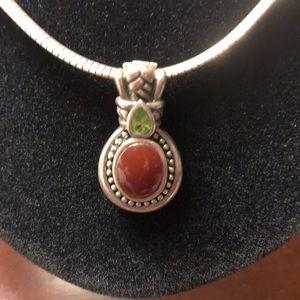 Jewelry - Peridot and jasper pendant.